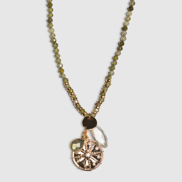 SHORT PERIDOT NECKLACE WITH CHARMS