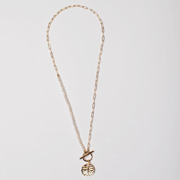 HALF PEARL BOX CHAIN DRAGONFLY CHARM NECKLACE