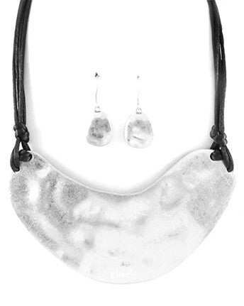 Chandy Necklace Set