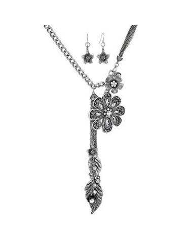 Flower & Leaf Rhinestone Pendant Necklace
