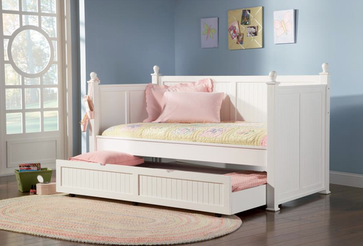 High Panel White Daybed with Trundle