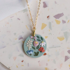 Garden Bloom Circle Necklace in Celadon