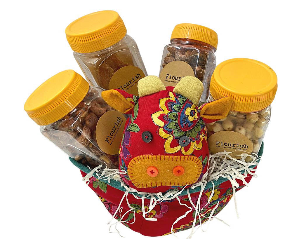 Bountiful Harvest Ox Wholesome Fruit & Nuts Gift Basket Hamper (Small)