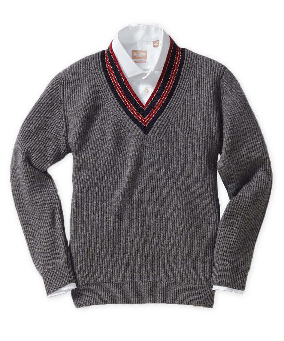 Johnstons Of Elgin Scottish Cashmere V Neck Sweater