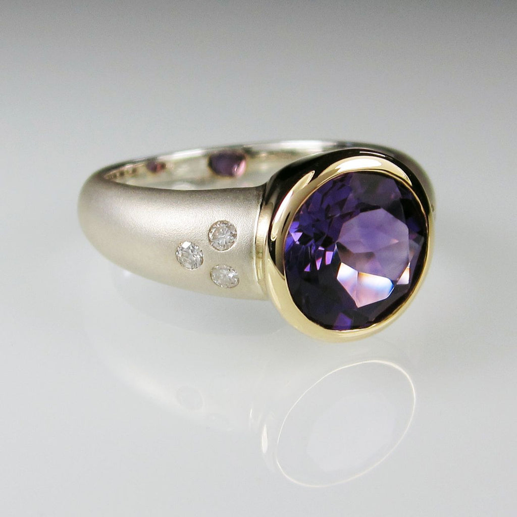 Orah London Gold Athena ring with Amethyst and Diamonds