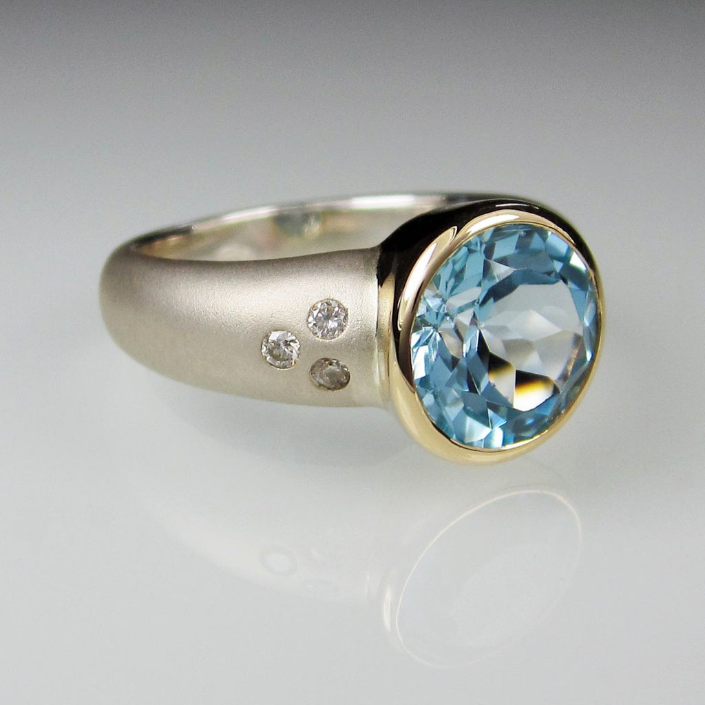 Orah London Gold Athena ring with Topaz and Diamonds