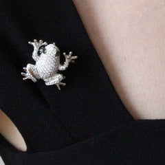 Orah London Snow Frog Pendant-Brooch