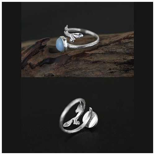 Singing Bird - The Bird with the Nest Ring