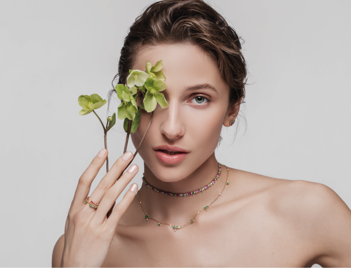 Lack and berry luxury jewelry