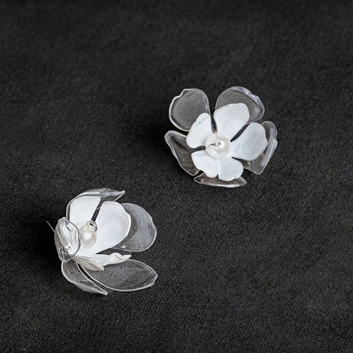 Clear and white double flower ear pins