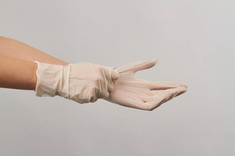 Disposable Vinyl Gloves –  A must for the Food Industry