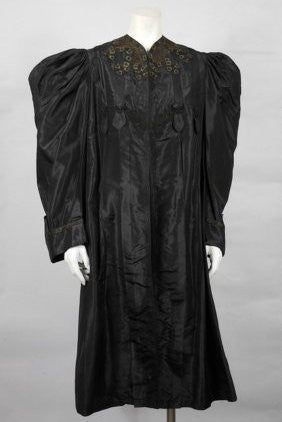 SOLD! Late 1800's Early 1900's Victorian Silk Coat Lined Mutton Sleeves Amazing Condition