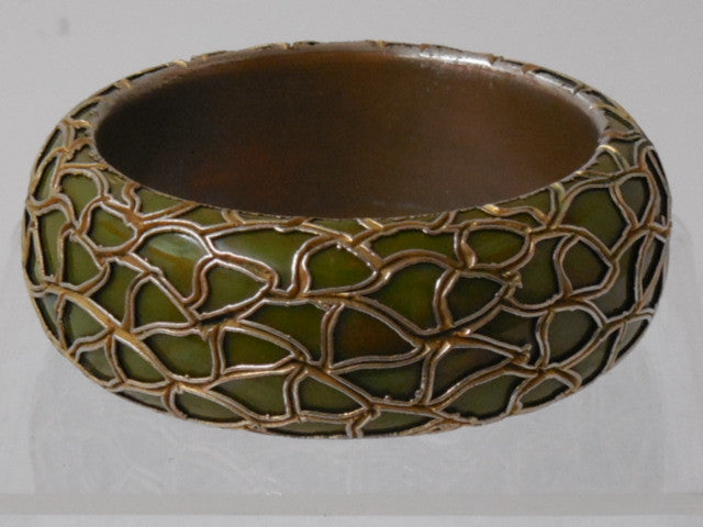 1940 Vintage End Of The Day Olive Green Metal Overlay Bakelite Bangle Bracelet