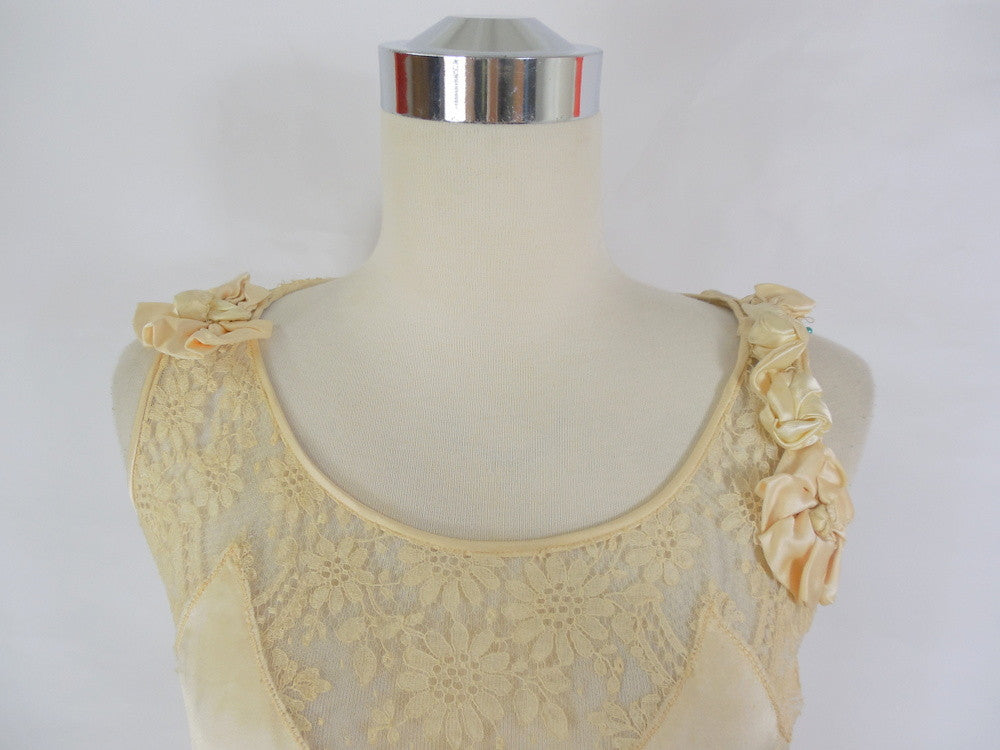 SOLD! 1920\'s Vintage Cream Satin and Lace Wedding Dress with Fabric ...