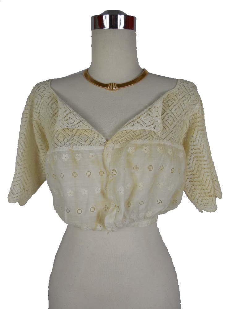1900's Vintage Edwardian Cream Cropped Cotton Undergarment Blouse