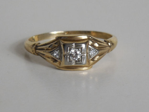 SOLD! 1900 1920 Antique Estate VTG Yellow Gold 10K Diamond Art Deco Ring Perfect Wedding Sweetheart Ring