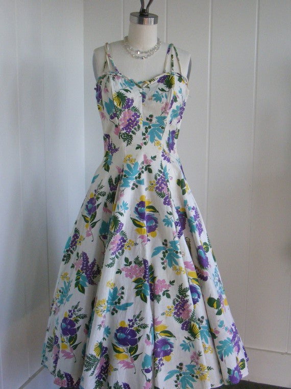 1950's VIntage White and Floral Day Dress by Fred Perlberg Large Size