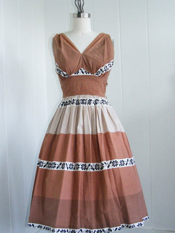SOLD! 1950's Brown Roberta of Hollywood Shelf Bust Day Dress VLV Rockabilly Viva Las Vegas