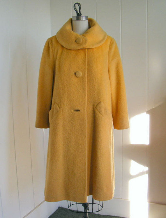 SOLD! 1950's Vintage Lilli Ann Mohair Butterscotch Coat Perfect