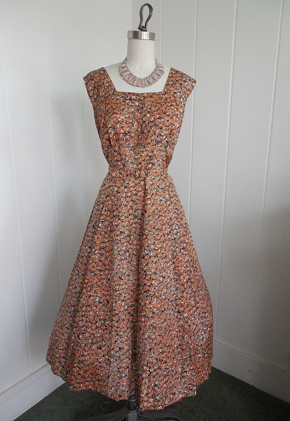 RESERVED 1950s Vintage Rust snd Cream Shelf Bust Patterned Day Dress VLV XL