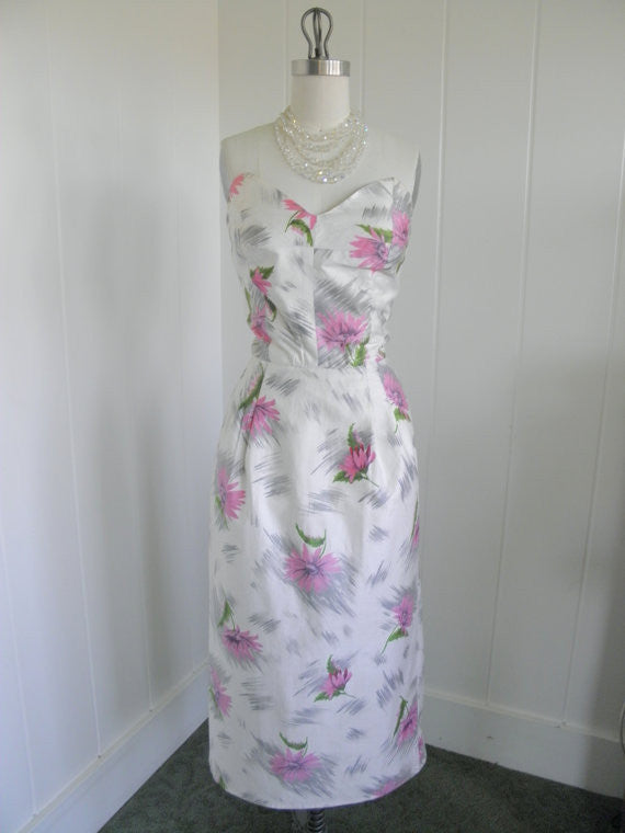 1950's Vintage Hawaiian Tiki Cream Sexy Wiggle Dress with Pink Flowers