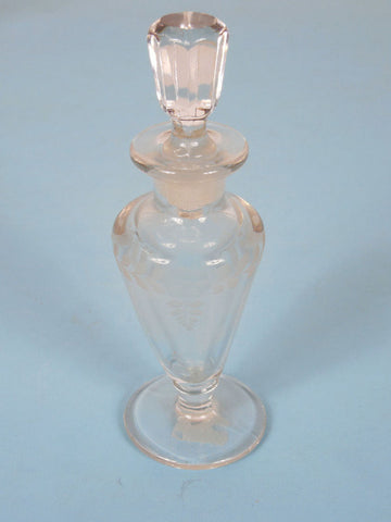 1920 to 1940 Art Deco Crystal Floral Design Perfume Bottle