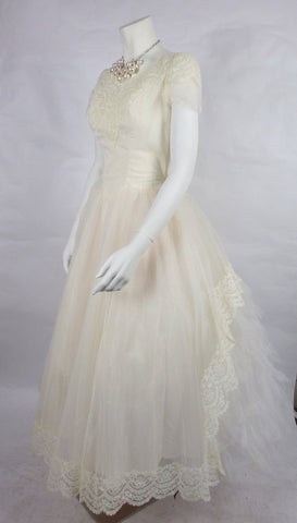 1950's Vintage Tulle and Chantilly Lace Wedding Gown with Rhinestones
