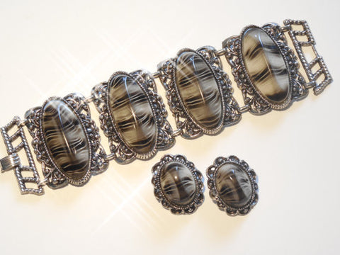 1950 Large Chunky Black and Gray Selro Bracelet & Earring Set