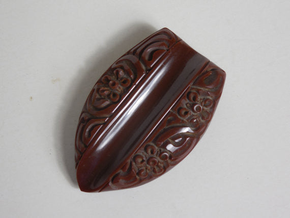 1930 1940 Art Deco Heavily Carved Bakelite Chocolate Brown Dress Clip Excellent Condition
