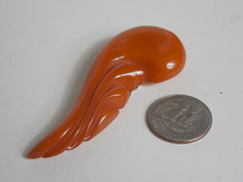 1930 1940 Carved Bakelite Butterscotch Dress Clip Mint Condition