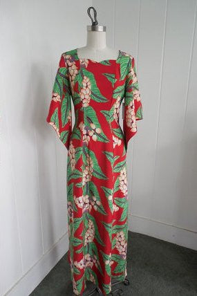 SOLD! 1940's Vintage Poi Pounder Tog Red and Green Hawaiian Tiki Gown with Kimono Sleeves VLV Rockabilly