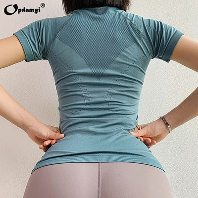 Seamless Sports Slim Breathable Top