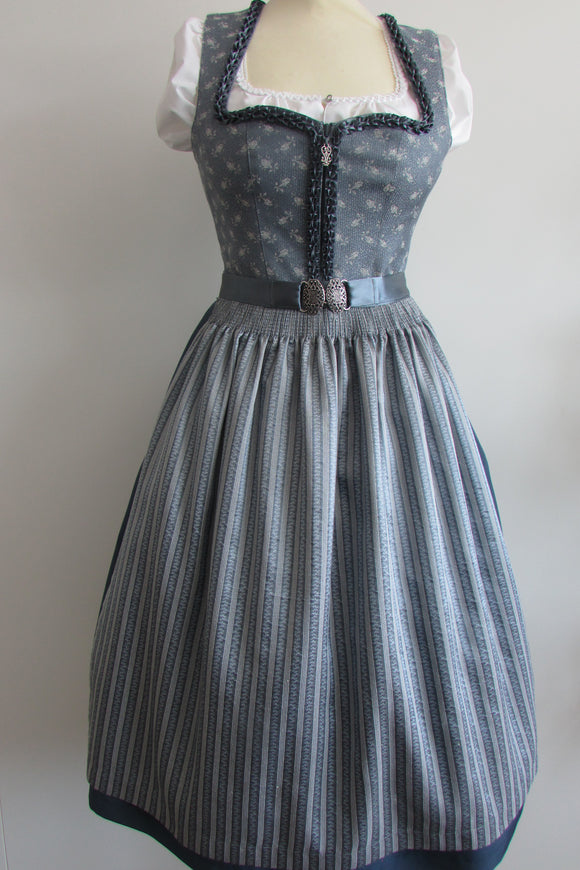 Long Country Line Blue Dirndl 1