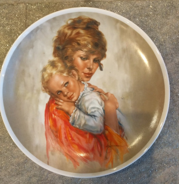 1982 Colored Limited Edition Royal Bayreuth Mothers Day Plate Collectors Plate