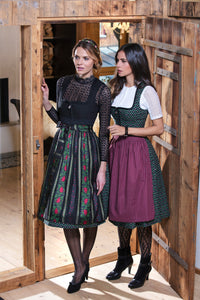 Country Line Dirndl 8/9 ? Right