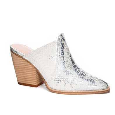 Chinese Laundry Womens Beaute Mule, Cream/Silver, 11 - The Smooth Shop