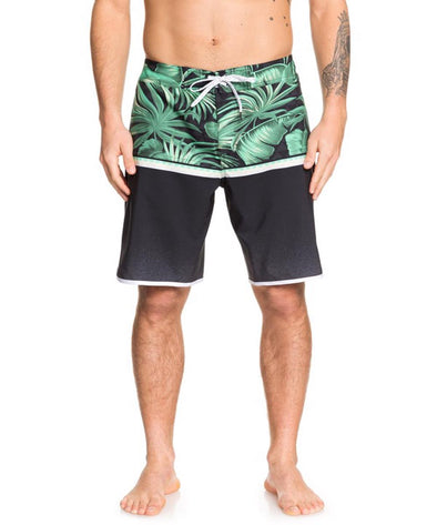 "Quiksilver Mens Highline Divide 20"" Boardshorts - The Smooth Shop"