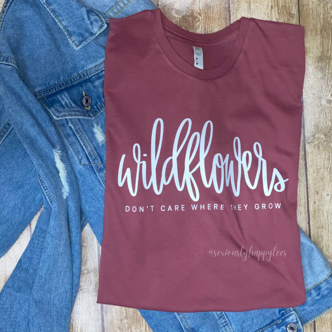 Dolly's Wildflowers Tee