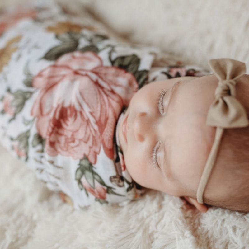 Garden Floral Swaddle - White