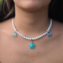 Load image into Gallery viewer, Minted Pearl Necklace