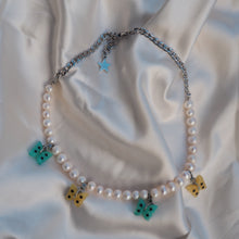 Load image into Gallery viewer, Pastel Butterfly Pearl Necklace