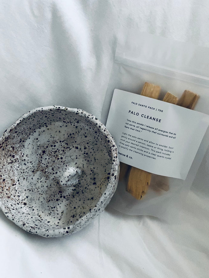 cleanse & co/casleton collective palo santo bundle.