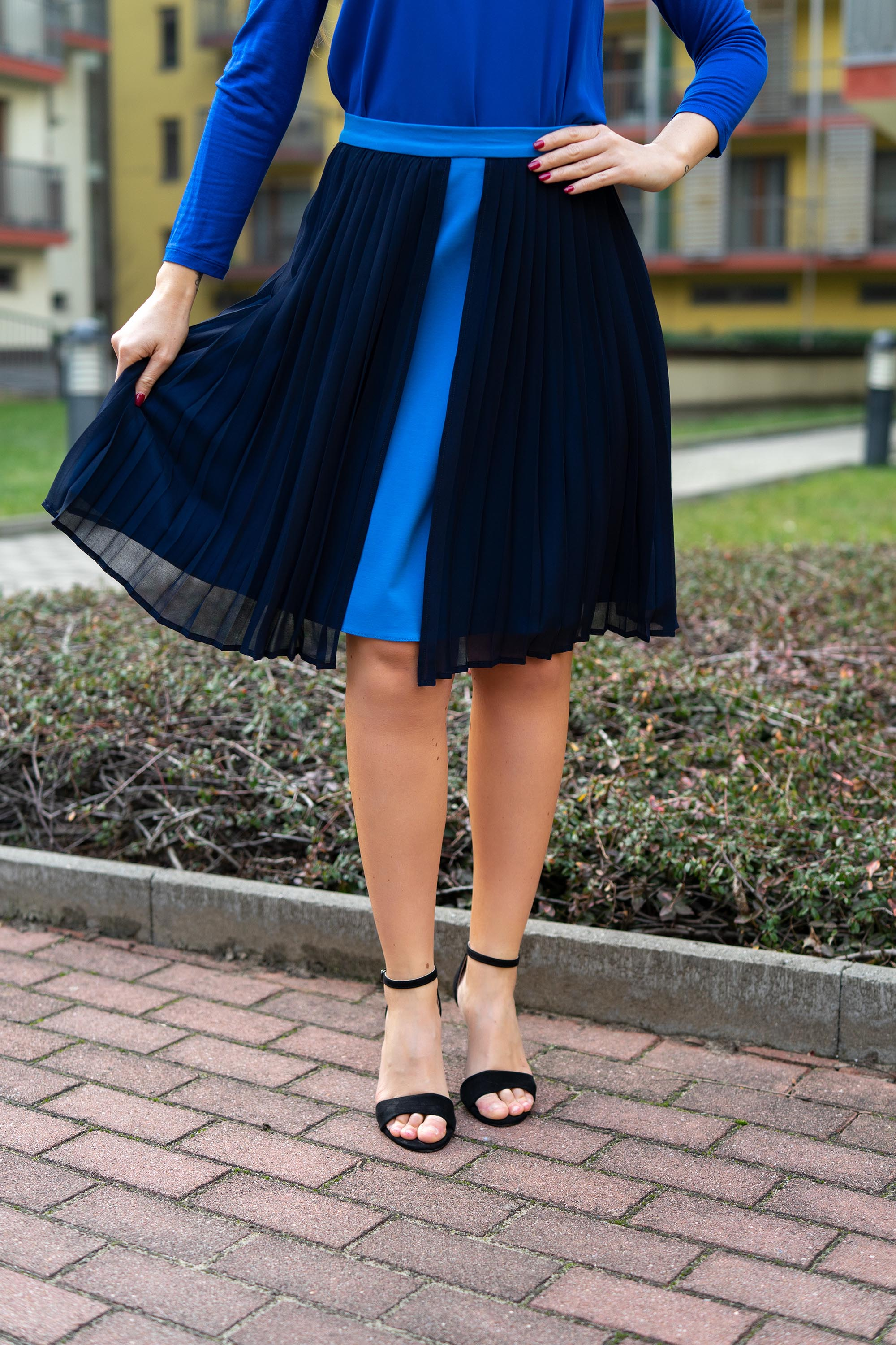 Blue pleated frill skirt