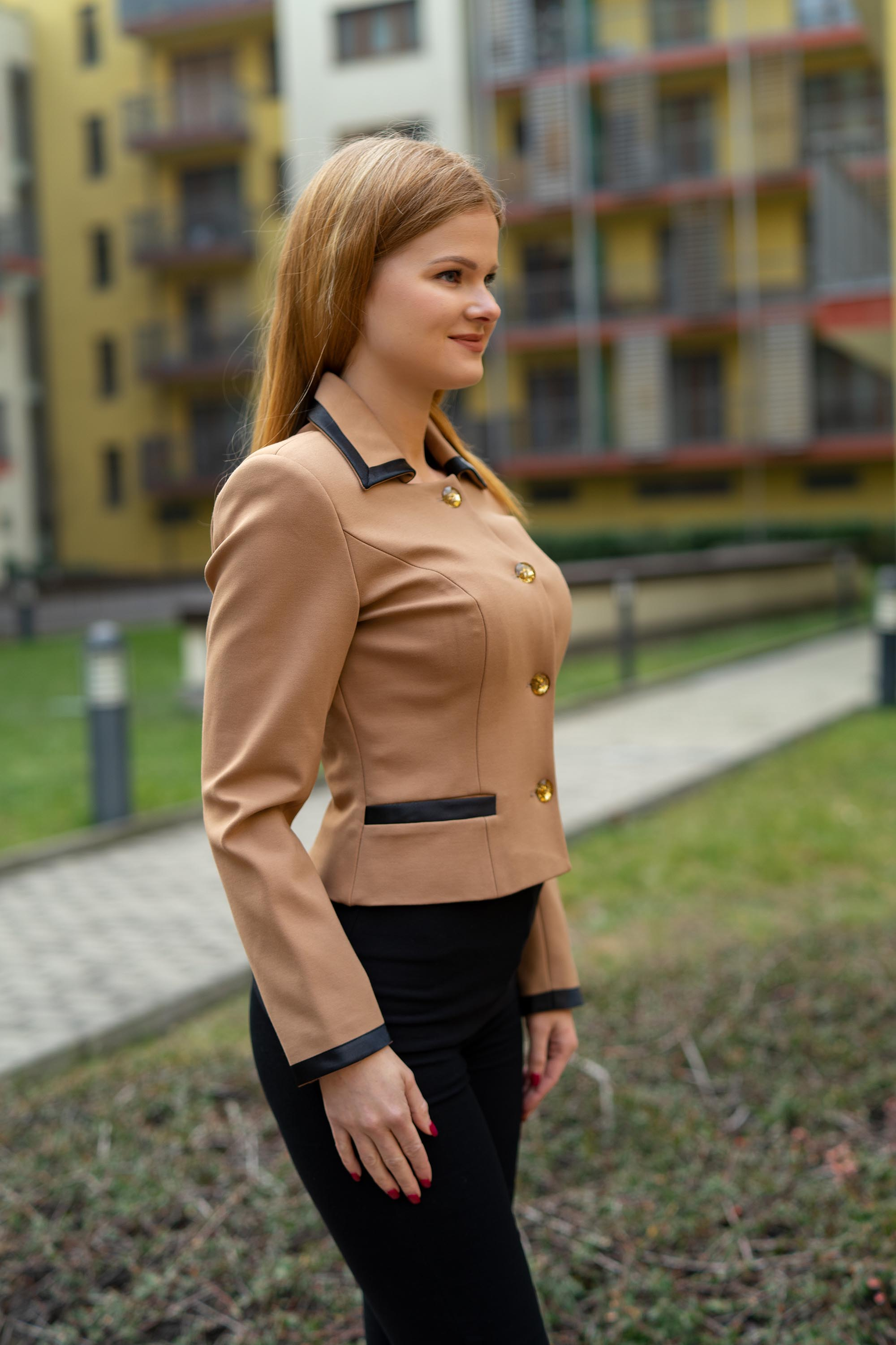 Brown elegant blazer