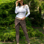 Brown elegant trousers