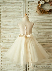 A-Line Sleeveless Tulle Ivory Flower Girl Dress with Rhinestone Bow