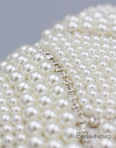 Eye-Catching Imitation Pearl Chain Clutch Bag