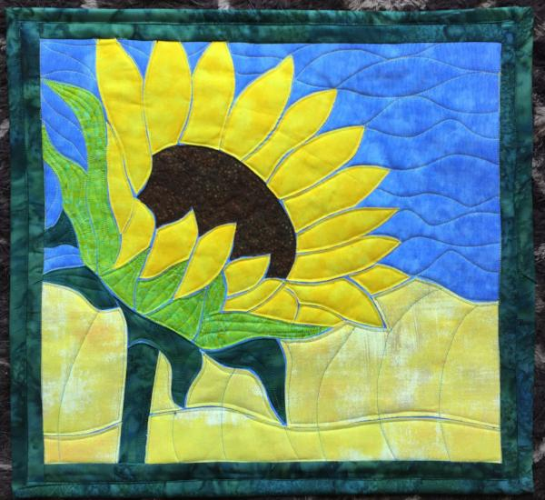Sunflower Applique Quilt Example by Sonya Fetch