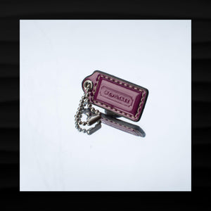 1.5″ Small COACH PURPLE PATENT LEATHER KEY FOB KEYCHAIN HANG TAG WRISTLET WALLET