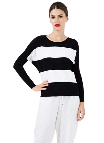Women's Fashion - Women's Clothing - Sweaters - Pullovers Black and White Striped Sweater - The Wanda Conquista Fashion